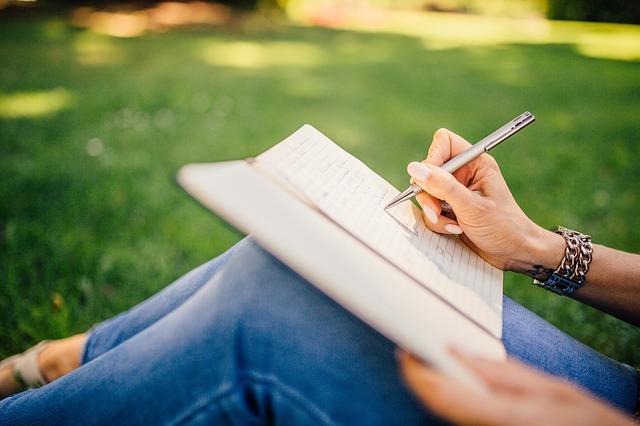 לבחור בסדנת כתיבה